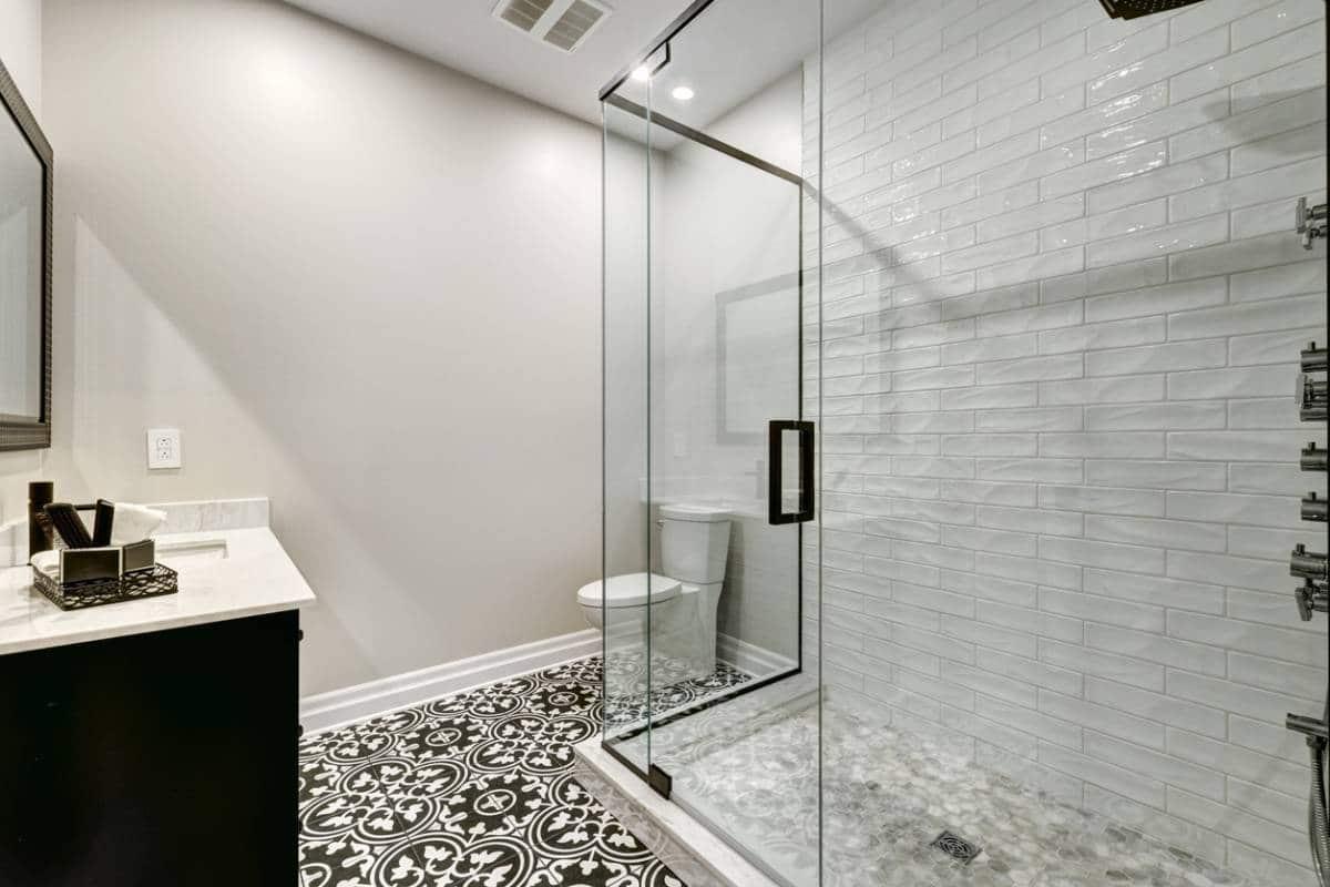 parois de douche comment se debarrasser du calcaire.jpg