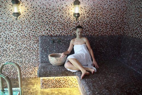 choix-carrelage-salle-bains-piscine-hammam
